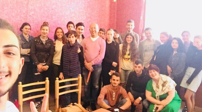 ლიეტუვის საელჩოს წარმომადგენლების შეხვედრა ხაშურელ ახალგაზრდებთან