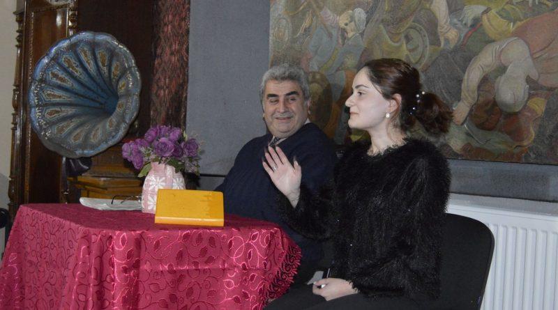 ხაშურის მუზეუმში მაია წიქარიშვილის პოეზიის საღამო გაიმართა